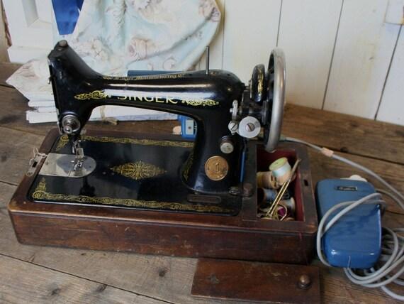 1940 singer sewing machine