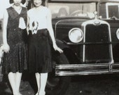 Flapper Girls in Cloche Hats Old Car Vintage Photo
