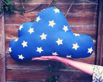 Star Print Cloud Cushion
