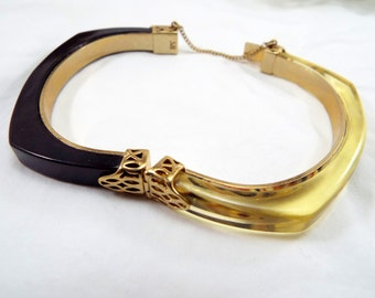 Liz Claiborne Vintage hinged Plastic two toned bracelet Gorgeous w safety chain