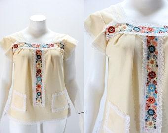 LARGE Vintage Blouse - 1970s Boho Shirt