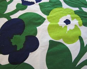 1975 Marimekko Oy Sudmi-Finland, Fabric, Marimekko, Katsuji Wakisaka, Green Green, 1970's, Finnish Fabric, Modern Fabric
