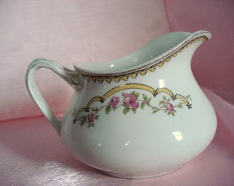Vintage Shabby Creamer Johnson Brothers England The Caspian Cottage Chic Rose