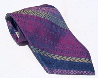 Vintage 1970s Wide Violet Polyester Tie with Blue Aztec Stripes