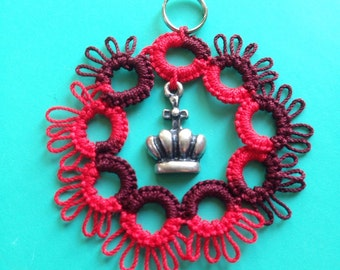 Red Queen -- tatted medallion