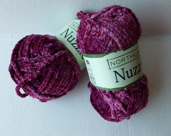 Yarn Sale  - Magenta Nuzzle by Northland