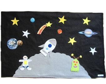Felt Space Play mat game, Roll Up Playmat Astronaut