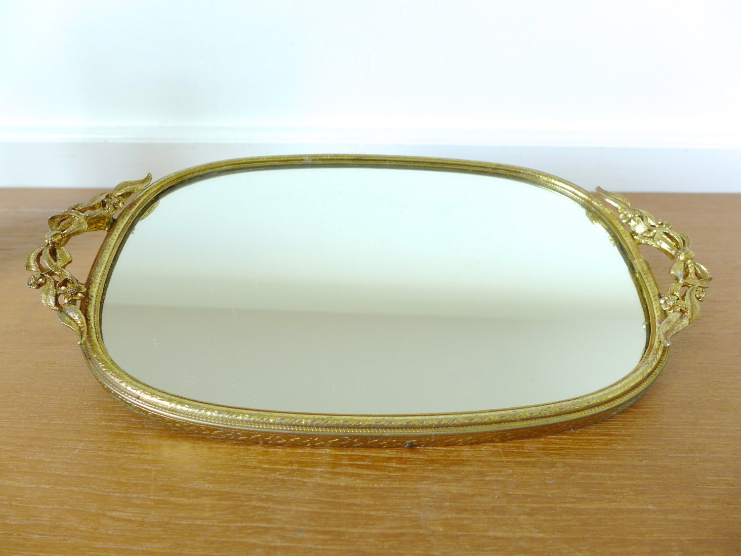 Small gold mirrored vanity tray with ribbon and flower handles for Mirrored bathroom tray