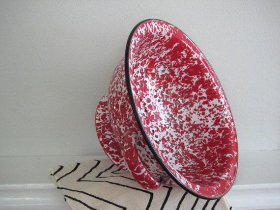 Vintage Spatterware Enamel Colander Red White Strainer