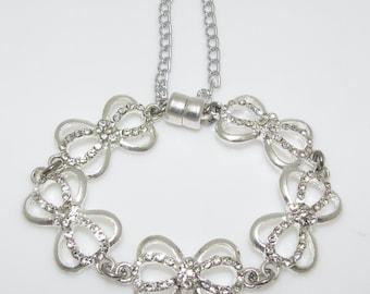 Rhinestone Bows Bracelet