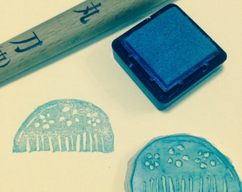 A Comb- Handmade Unmounted Rubber stamp