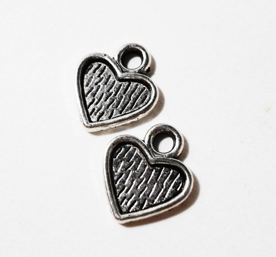 Silver Heart Charms 10x9mm Antique Silver Metal Small Heart Charms, Heart Pendants, Valentine's Day Charm, Heart Drops, Craft Supplies 15pcs