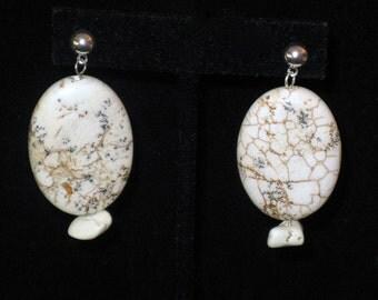 White Magnesite Oval Pierced Earrings