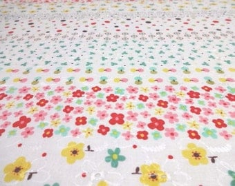 SALE Japanese Fabric Lace Flower Border Fat Quarter