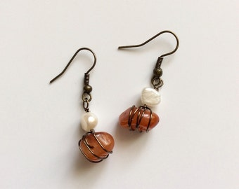 Wire wrapped amber and fresh water pearl drop earrings