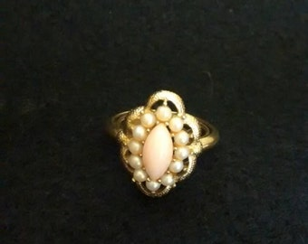 Avon Gold Tone Faux Pearl Ring