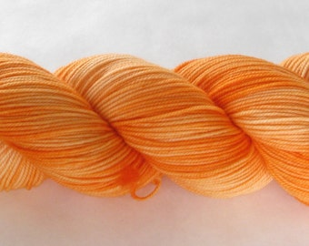 Hand Dyed Yarn - Sporty (Thirst-quenching Orange)
