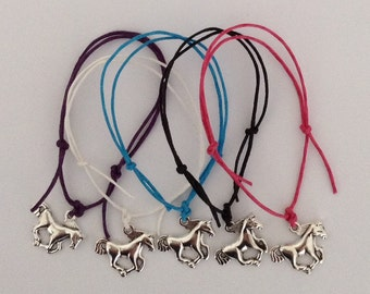 Pack of 5 Charm Friendship Bracelets - HORSE - Party Bags
