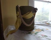 HERMES Mangeoire Feed Sac Bag used in Excellent condition