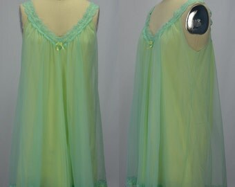 1960s Vanity Fair Green & Yellow Nylon Chiffon and Lace Nighty Size Small