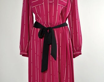 ON SALE Vintage 1980s GLORIA Vanderbilt Secretary Chic Shirtdress // Midi Long Sleeve Pink Dress