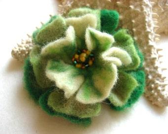 Green Felted Flower Brooch Pin,Wool Felt, Felted Wool, Felt Brooch, Flower Brooch, Pin, Felt Flower Pin, Beaded Flower