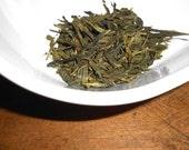Organic SENCHA Tea - GREEN Tea - First, Tender Leaves - Fresh and Sharp Flavor - Summer Grass - One Ounce - yields 20-24 Cups