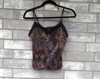 club Forrest camouflage green lace tank top