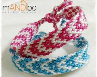 Set of two Sibling Bracelet, Best Friend Bracelet, Friendship Bracelet, Macrame Bracelet, Knotted Bracelet, Woven Bracelet, Custom Bracelet