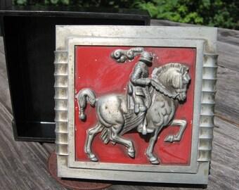 vintage trinket box dresser jewelry cigarette trojan knight horse hickok