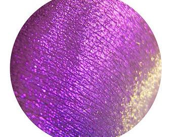 Eyeshadow: Spinner of Magic Silk - Nomad. Purple shimmering eyeshadow by SIGIL inspired.