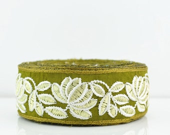Gold Lace Trim, Lace Trim, Embroidered Lace, Embroidery Lace Trim, Border, Indian Style, Round, Floral, Khakis Green, Gold Thread - 1 meter