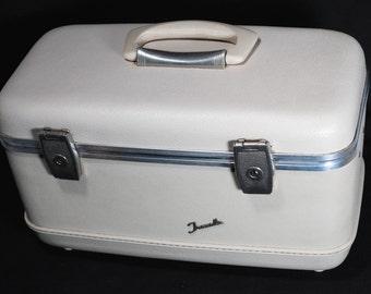 Vintage Travella Cosmetic / Train Travel Case