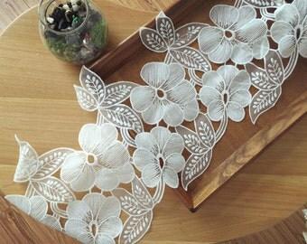 Ivory Organza Lace Trim