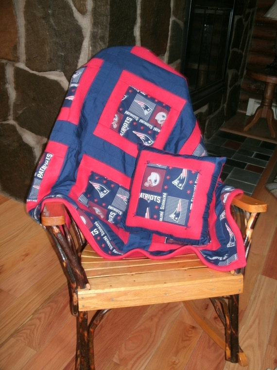 Football Champions Log Cabin Style Quilt Trow By