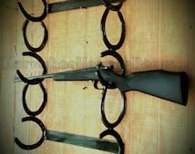 Rustic horseshoe gun rack, western 3 gun rack, Hunting Home decor, country home decor, rustic western gun rack, Handmade rustic gun rack,art