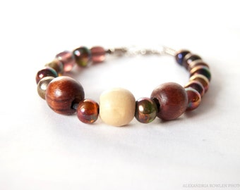 Bracelet with Wood and Opalescent Glass Beads