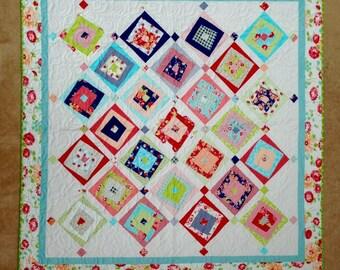 Geometric squares Quilt