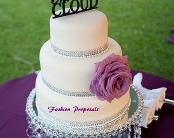Wedding Cake Stand with Crystals/ Chandelier Acrylic. Wedding Cake Stand. Cupcake stand. Des