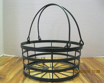 Vintage wire basket used