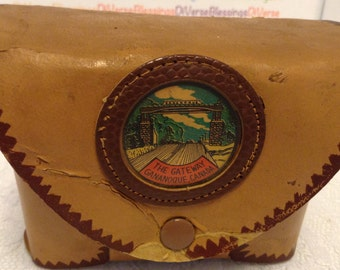 SOUVENIR, The Gateway, Gananoque Canada, Faux Leather, Shot Case, 4 Plastic Shots, Poly Ply, Made in Canada