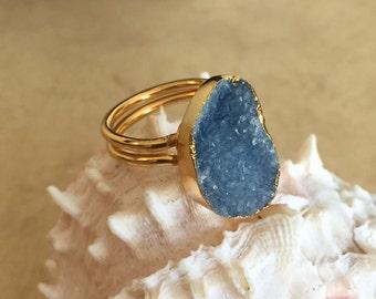 Blue Freeform Agate Ring - Sz 7