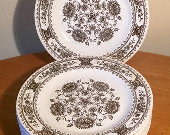 Set of 8 Vintage Vendome, Hampshire Dinner Plates