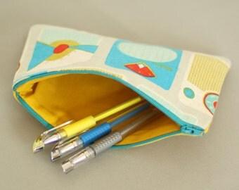 Retro radios zippered pouch