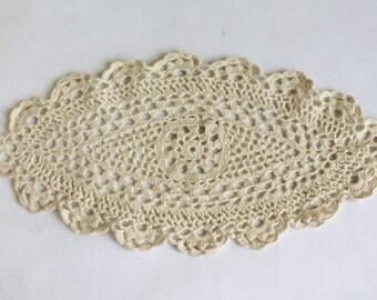 Vintage Crochet Doilly, Handmade Vintage Doilly, Miniature Doilly