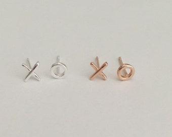 Tiny XO Stud Earrings. Sterling Silver. Rose Gold Ear Studs. Hugs & Kisses Earrings. Unisex Ear Studs. Gift for Her. Everyday Earrings.