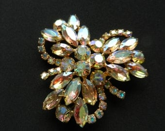 Vintage 1970s Gold Tone Rhinestone Brooch With Iridescent Facetted Glass Gems