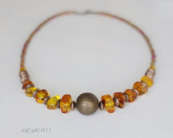Natural amber necklace/bronze/glass
