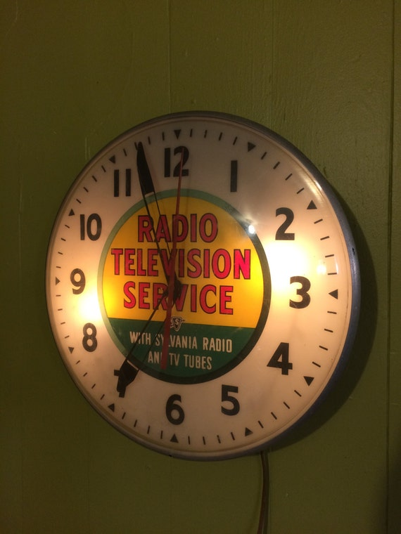 Vintage Sylvania Radio Tv Service Advertising Clock 15