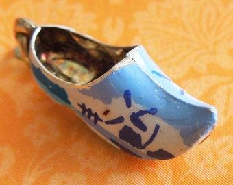 Vintage Enamel Delft Blue Holland Clog Shoe 835 Silver Charm